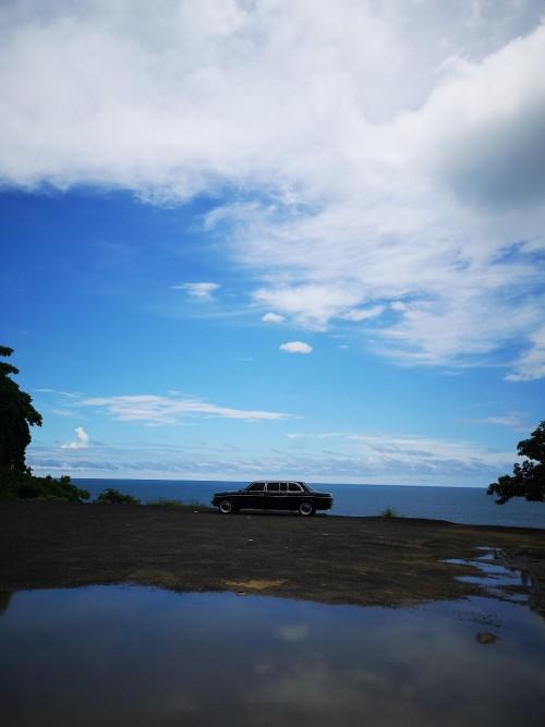 COSTA RICA LIMOUSINE. MERCEDES BEACH TOURS.