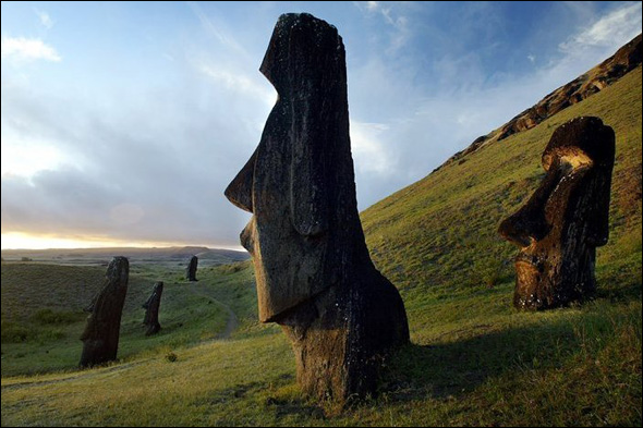 Statues of Easter Island (10th - 16th Century) Easter Island, Chile