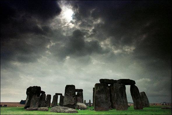 Stonehenge (3000 B.C. - 1600 B.C.) Amesbury, United Kingdom