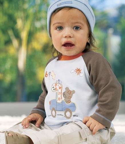3 سنوات ,, 2,,ملابس نوم للببيهات الصبيان من mothercareملابس يوميه