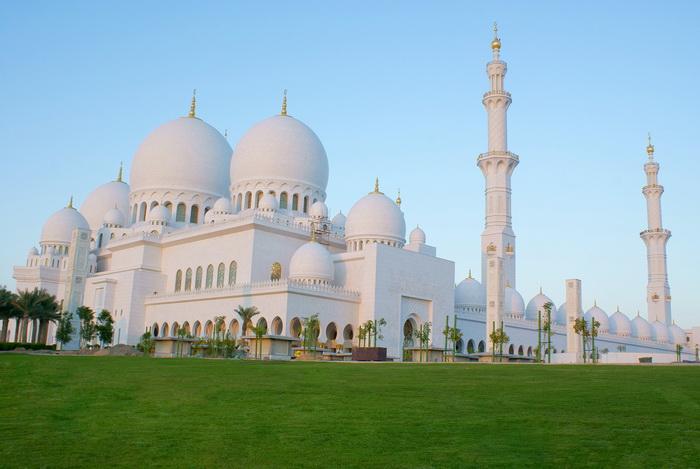 هنصلى فين النهاردة (مسجد الشيخ زايد) Image_1312468316_116