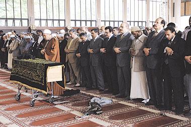 هنصلى فين النهاردة ( مسجد ريجينت بارك ) لندن Image_1314627878_414